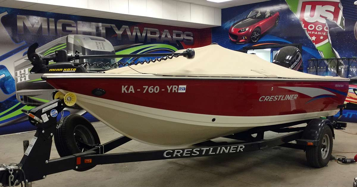the old boat vinyl wrap or decals might by super hard and cracked. But it can be removed.